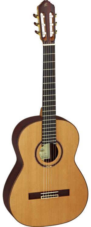 ORTEGA Custom Master Selection Konzertgitarre 4/4 Made in Spain Natur Zeder inkl. Koffer